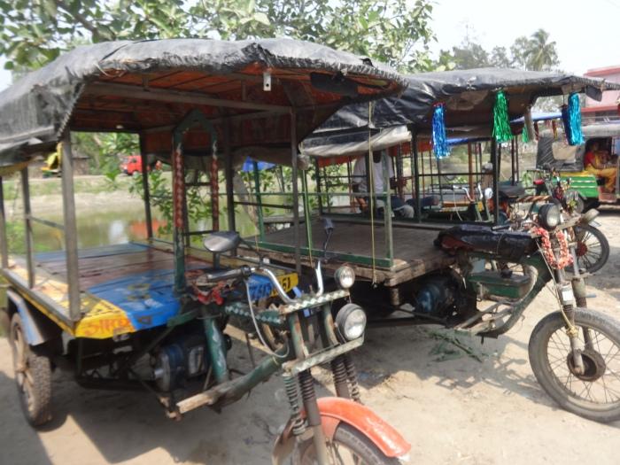 Motor bike rickshaw